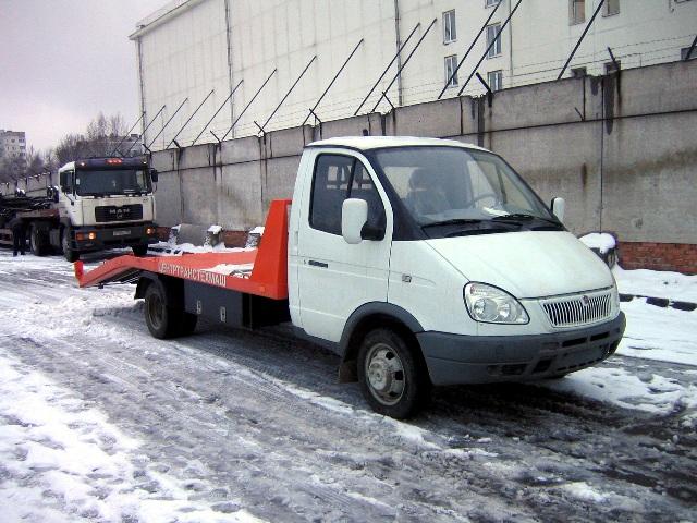 Эвакуатор автомобилей поможет перевезти машину в мороз