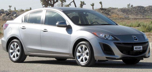 Автомобиль Mazda 3 второго поколения