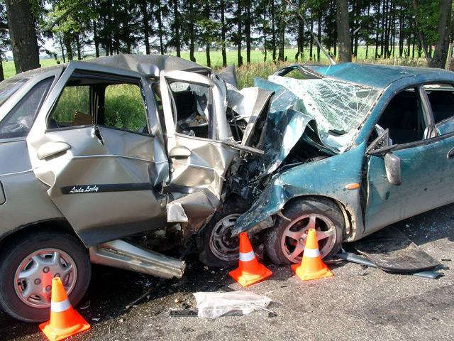 Автомобильные аварии становятся причиной гибели многих людей