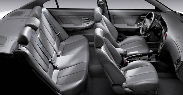 Салон автомобиля Hyundai Elantra