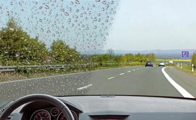 Нанопокрытие лобового стекла обеспечит защиту от влаги и мелких царапин