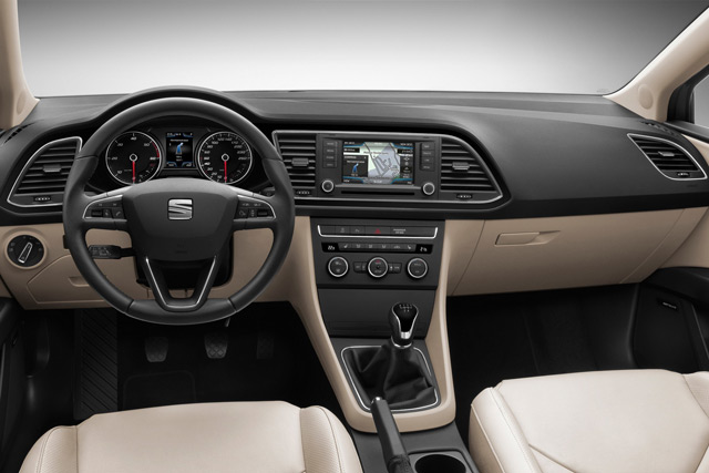 Салон автомобиля Seat Leon ST FR
