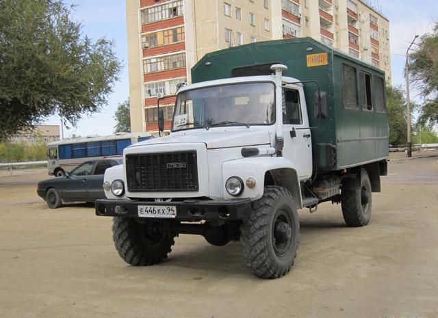 Грузовики ГАЗ активно используются во всех сферах, в том числе и военной