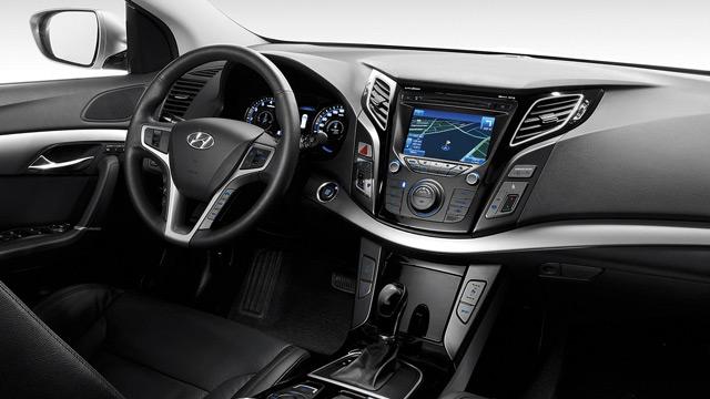 За рулём автомобиля Hyundai i40 вы всегда будете чувствовать себя в своей тарелке