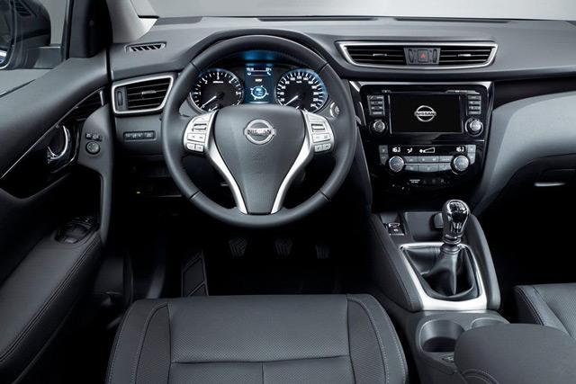 Салон автомобиля Nissan Qashqai отличается ярко выраженной молодёжной стилистикой