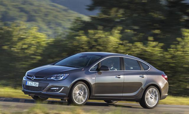 Форма кузова автомобиля Opel Astra стала ещё совершеннее