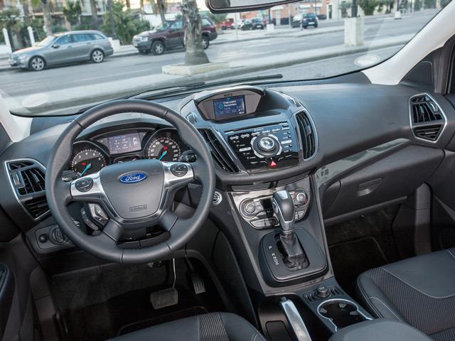 Ford Kuga может похвастаться наличием экзотических элементов в салоне