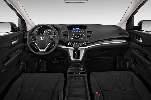 В салоне автомобиляHonda CR-V