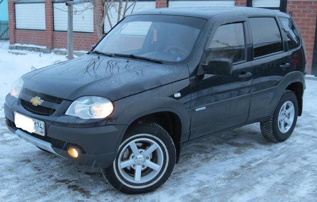 Внешний вид автомобиляВАЗ 2123 Chevrolet