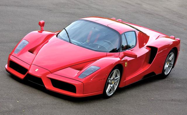 Автомобиль Ferrari Enzo