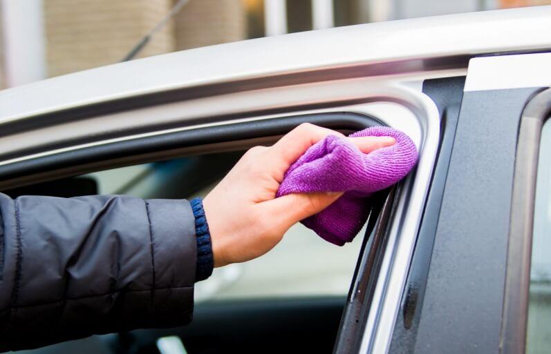 Уплотнительные резинки дверей автомобиля уход