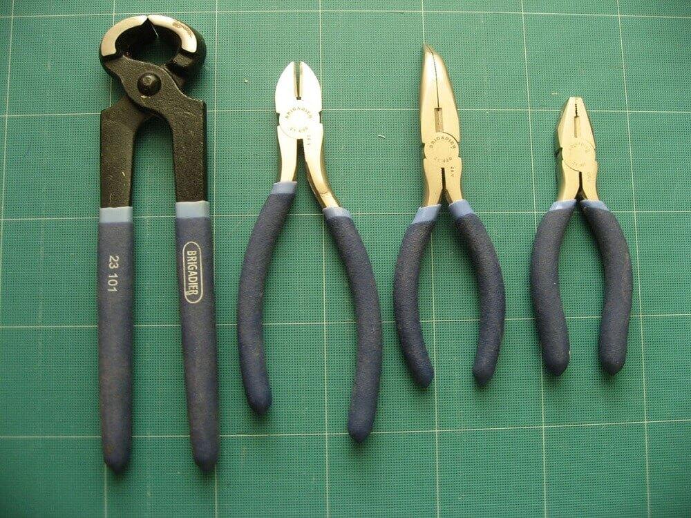 Инструменты для зажима