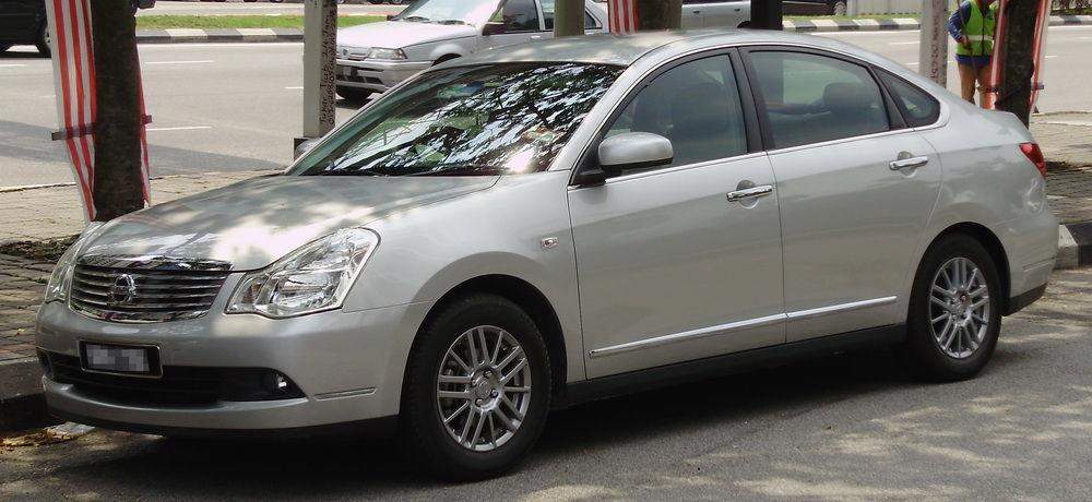 Автомобиль Bluebird Sylphy