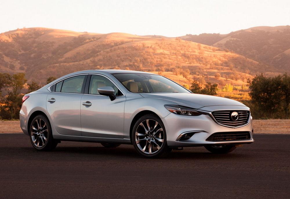 Автомобиль Mazda 6 2016 года