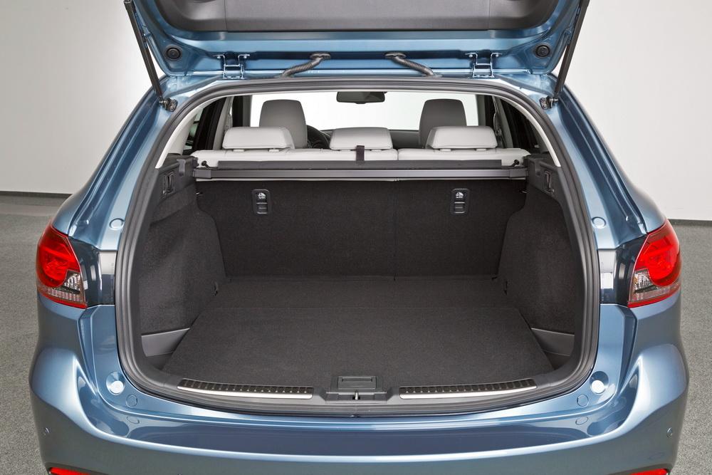 Мазда 6 - багажник