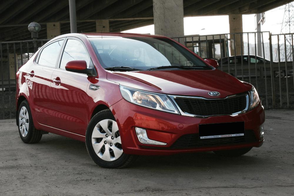 Автомобиль KIA RIO