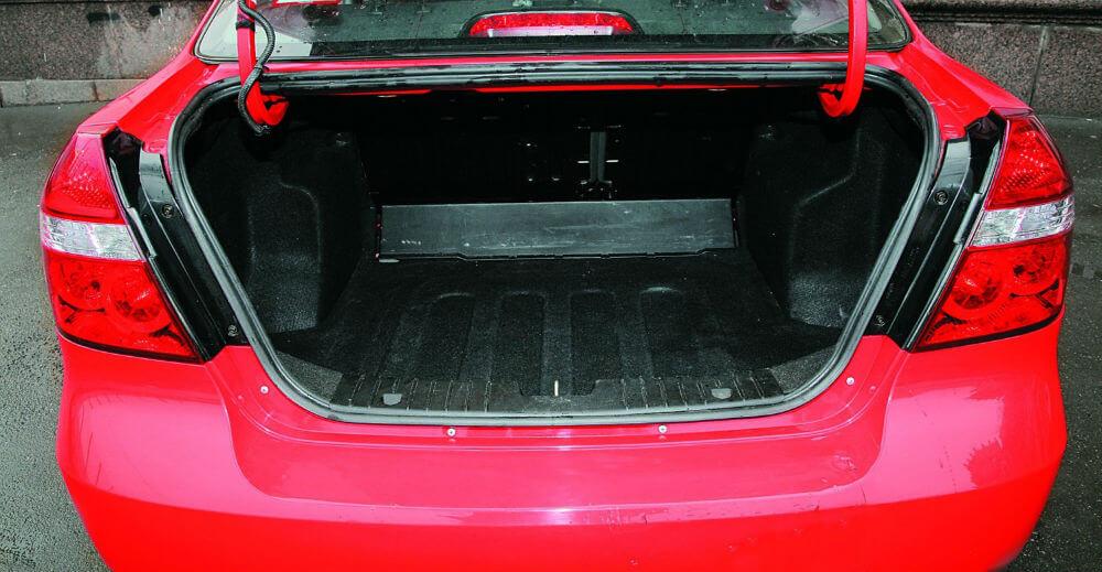Багажное отделение Chevrolet Aveo