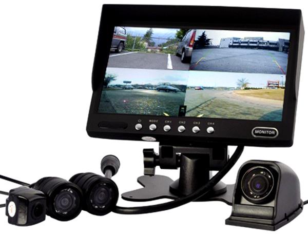 Видеорегистратор с 4 камерами