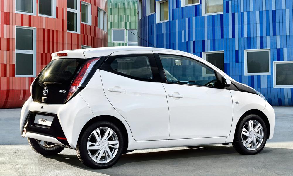Автомобиль Toyota Aygo