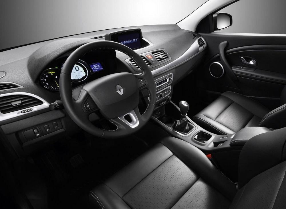 Salon Renault Megane - Что лучше рено меган или шевроле лачетти