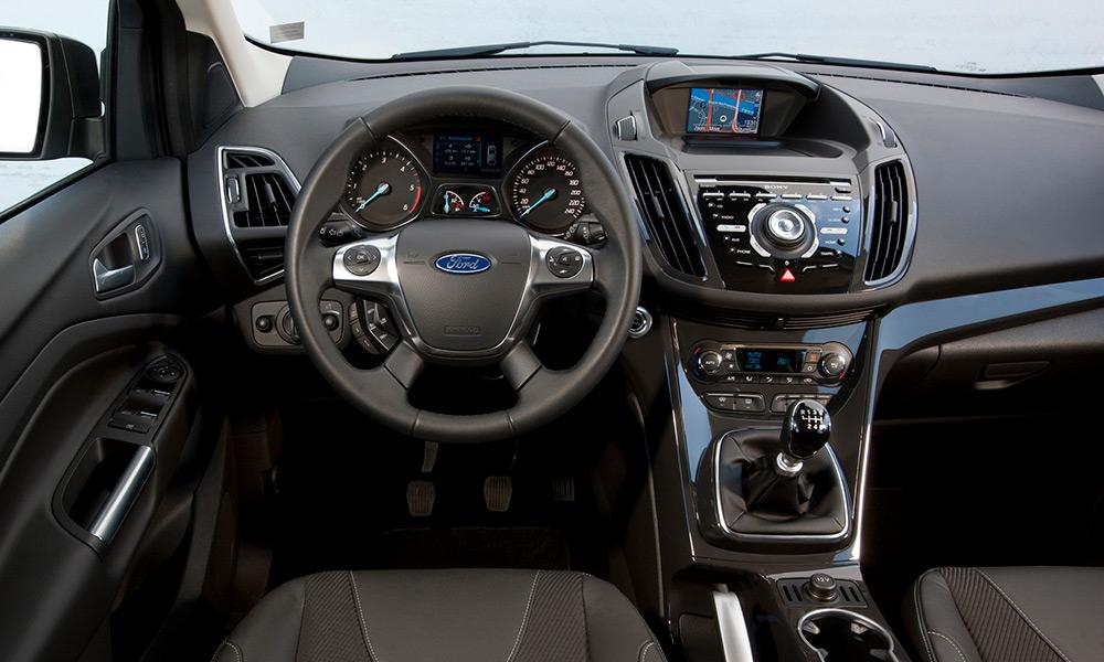Ford Kuga салон