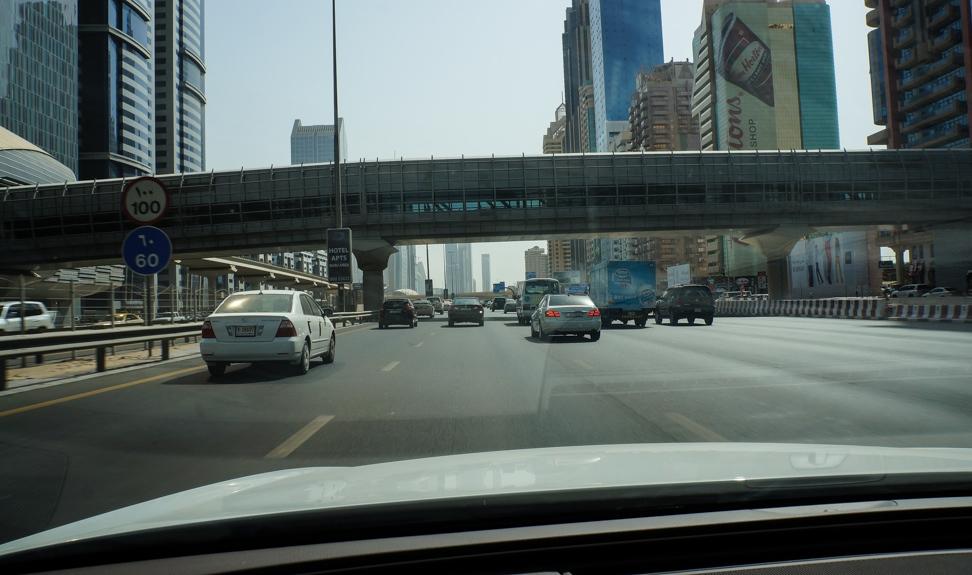 Трасса Дубай — Абу-Даби
