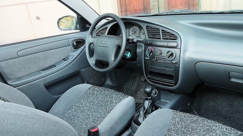 Chevrolet Lanos салон изнутри