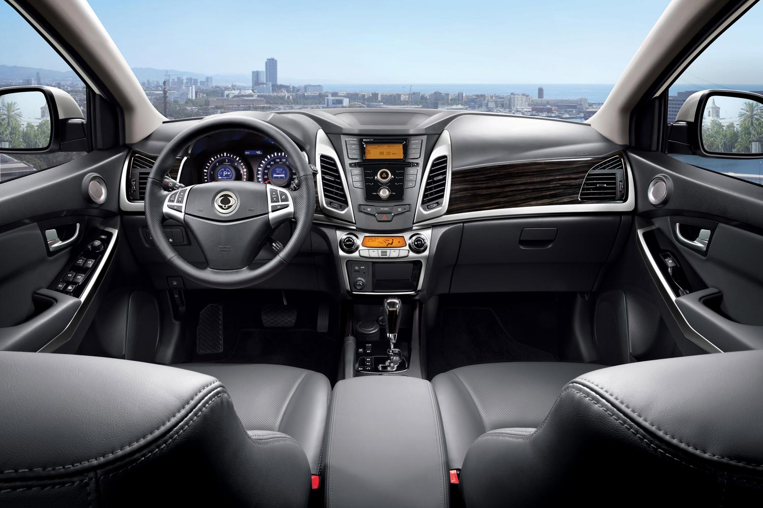 Салон SsangYong Actyon