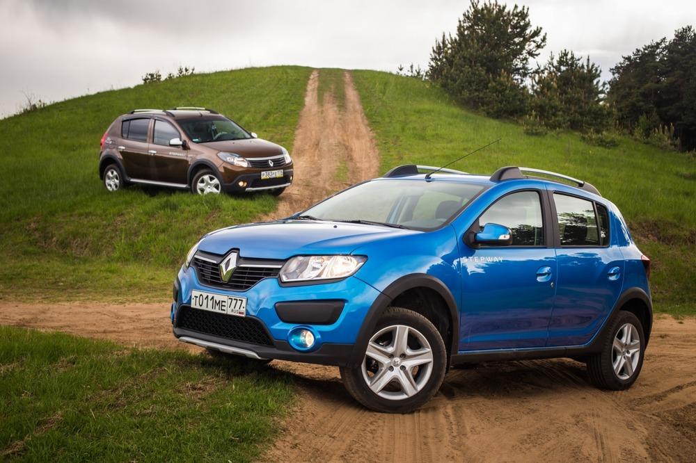 Сравнение Renault Sandero Stepway и Renault Sandero