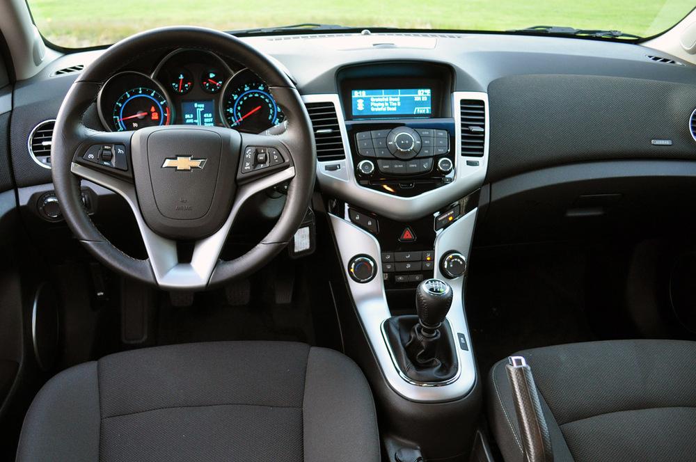 Chevrolet Cruze салон