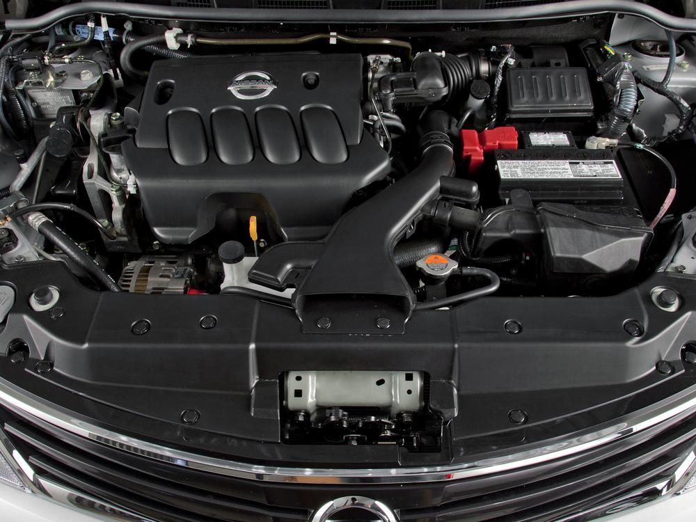 Nissan Tiida мотор