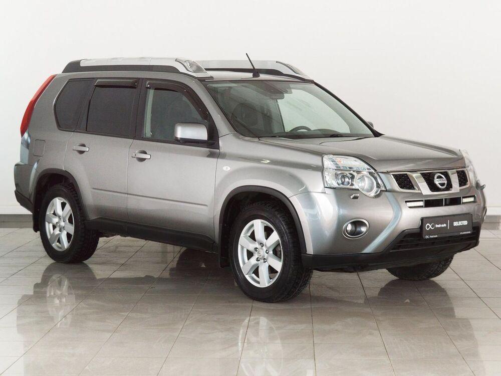 Nissan X-Trail серый