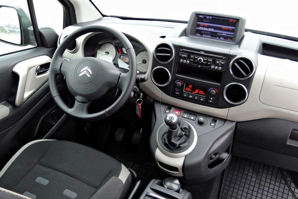 Салон Citroën Berlingo