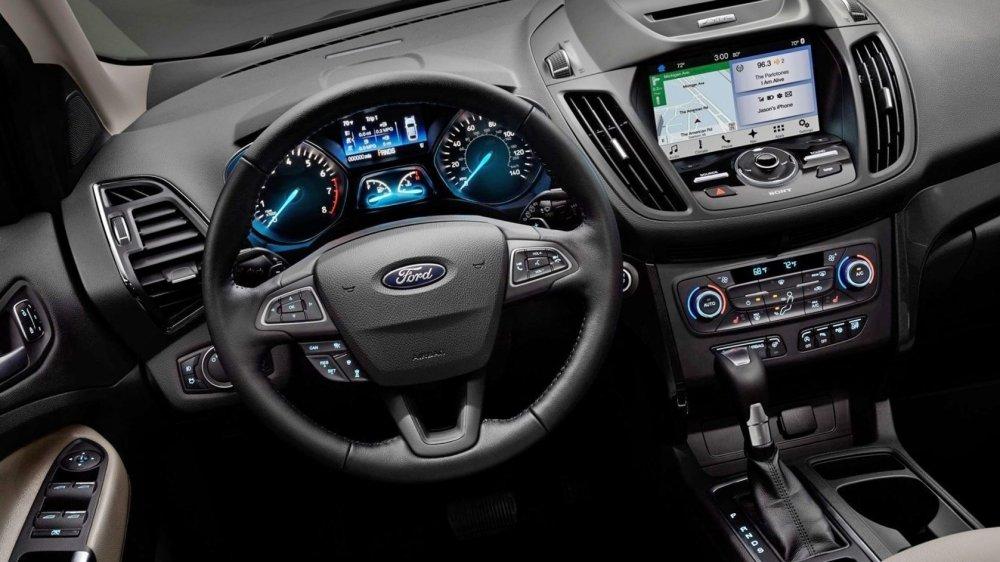 Салон автомобиля Ford Kuga