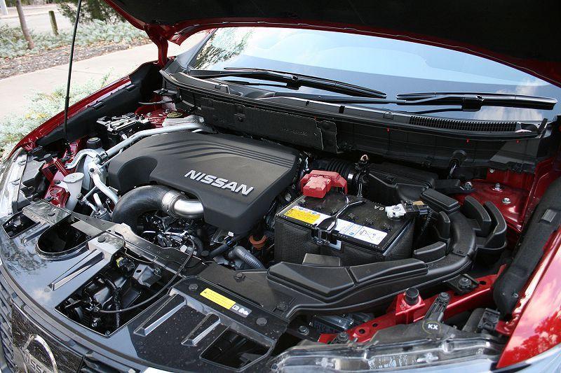 Двигатель автомобиля Nissan X-Trail