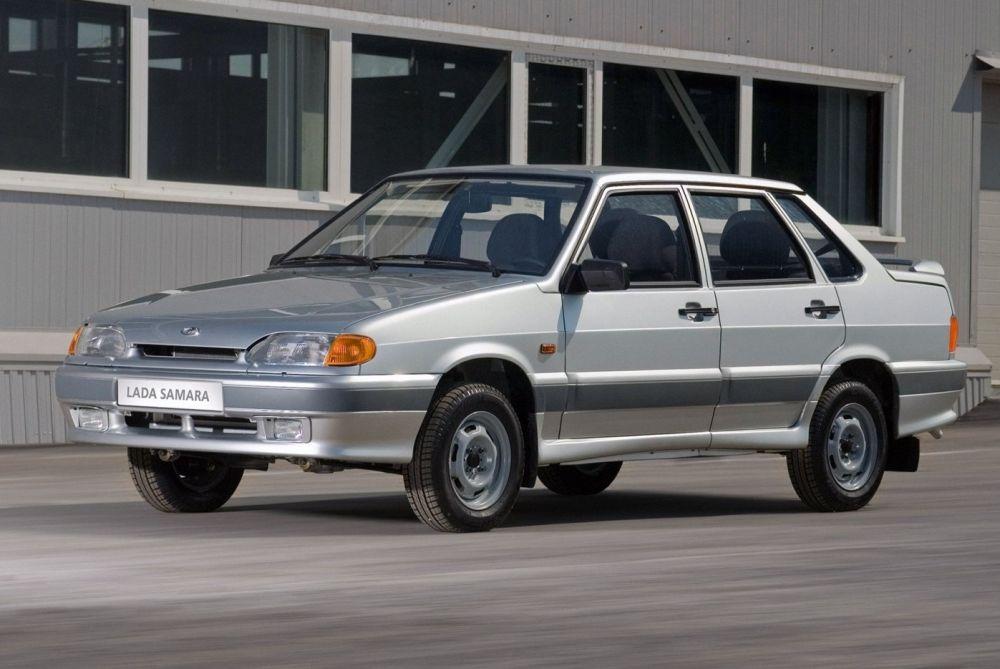 Автомобиль ВАЗ-2115