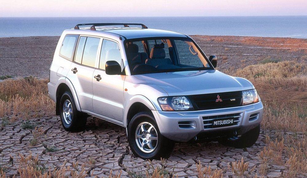 Подержанный внедорожник до 400 тысяч Mitsubishi Pajero