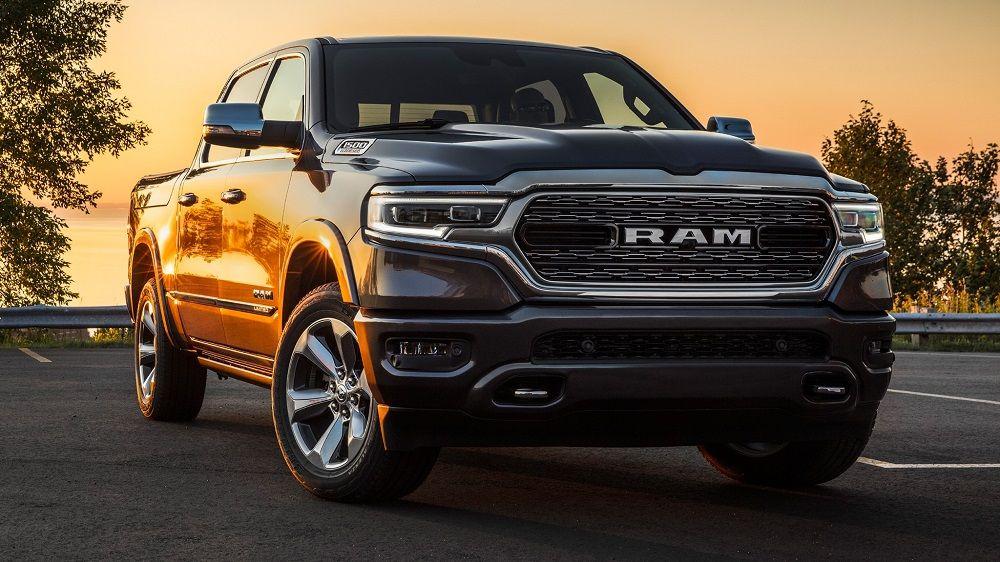 Американский автомобиль RAM 1500