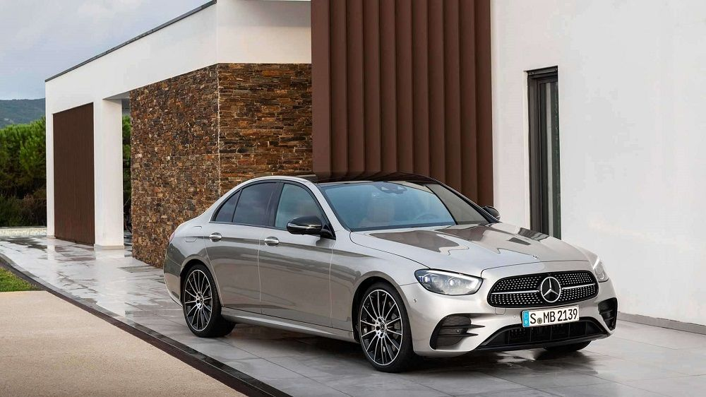 Авто класса люкс Mercedes-Benz E-Класса