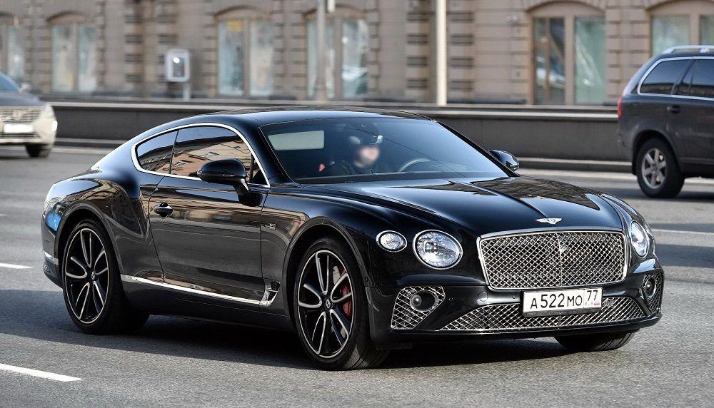 Лучший автомобиль премиум-класса Bentley Continental GT
