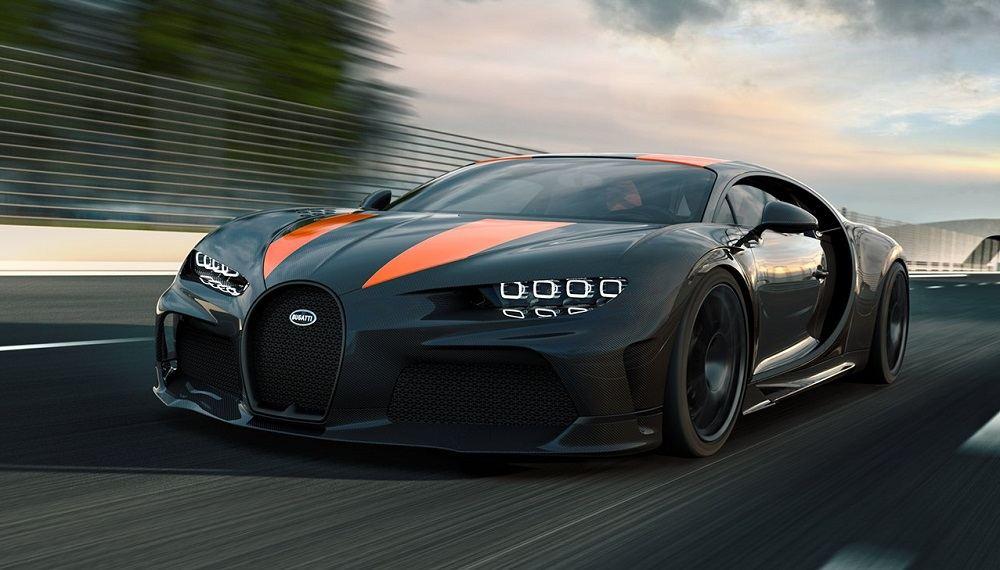 Мощный автомобиль Bugatti Chiron Super Sport 300+