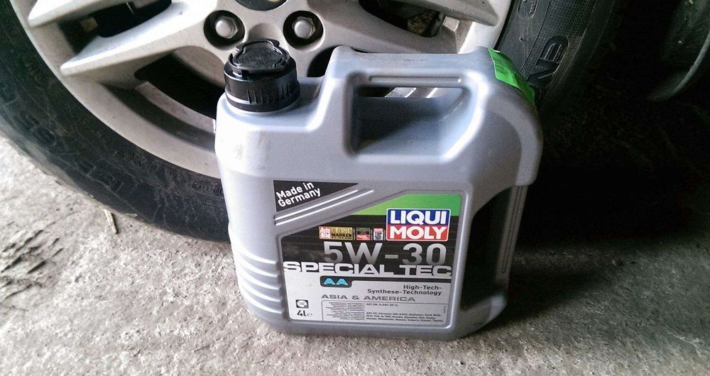 Моторное масло 5W30 Liqui Moly Special TEC AA