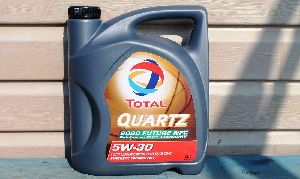 Моторное масло 5W30 Total Quartz 9000 Future NFC
