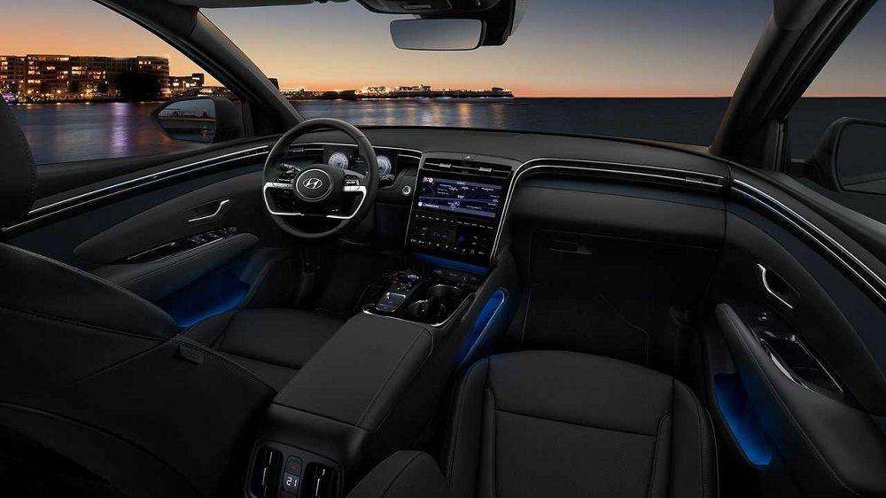 Новый автомобиль до 1,8 миллиона Hyundai Tucson внутри