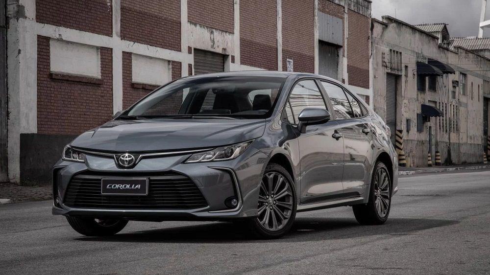 Новый автомобиль до 1,8 миллиона Toyota Corolla
