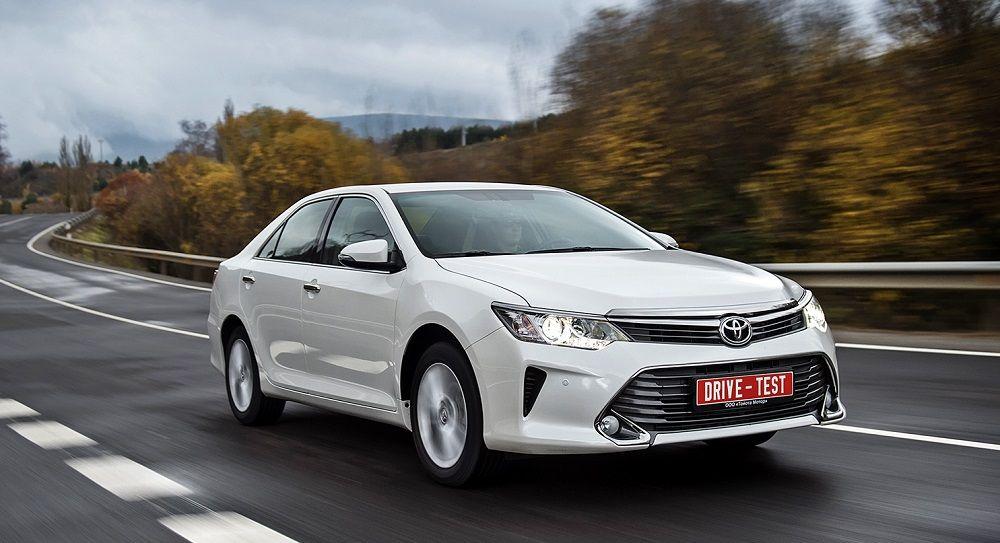 Подержанный автомобиль до 1 миллиона Toyota Camry VII