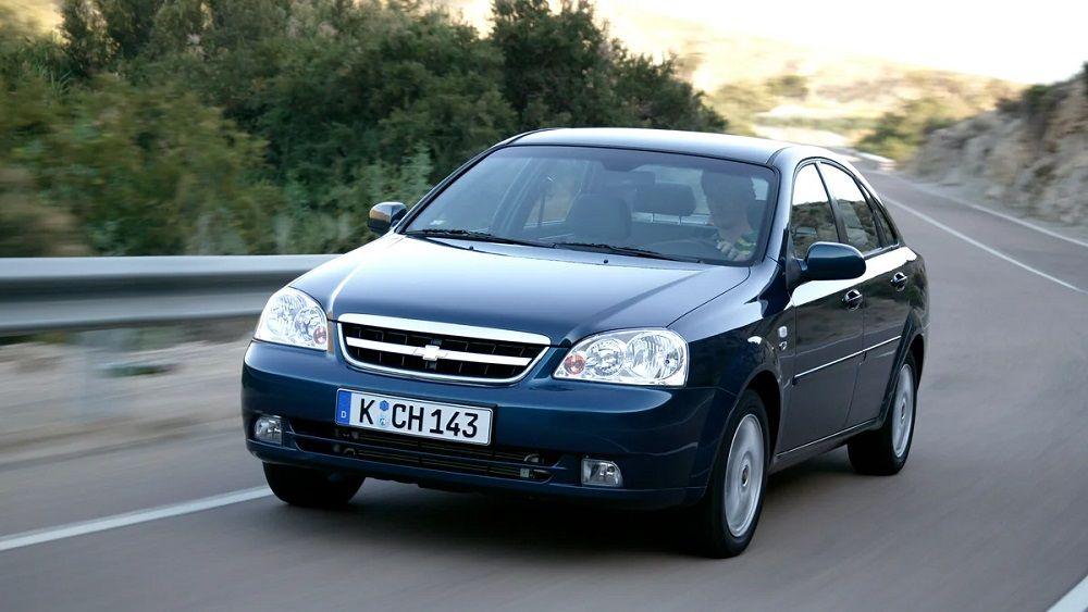 Подержанный автомобиль до 250 тысяч Chevrolet Lacetti