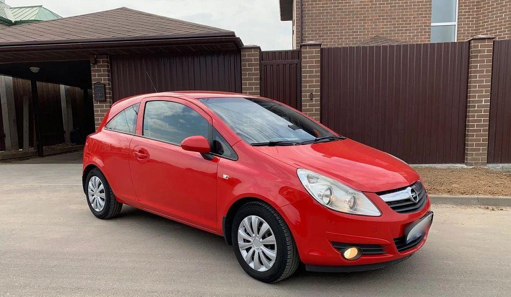 Подержанный автомобиль до 300 тысяч Opel Corsa D