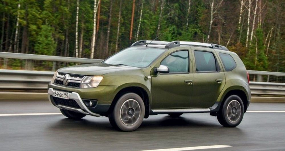 Подержанный автомобиль до 700 тысяч Renault Duster I