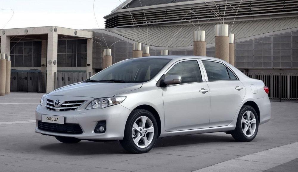 Подержанный автомобиль до 700 тысяч Toyota Corolla X (E140, E150) Рестайлинг